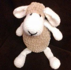 Owieczka amigurumi